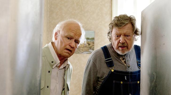 창문넘어 도망친 100세 노인 스틸컷